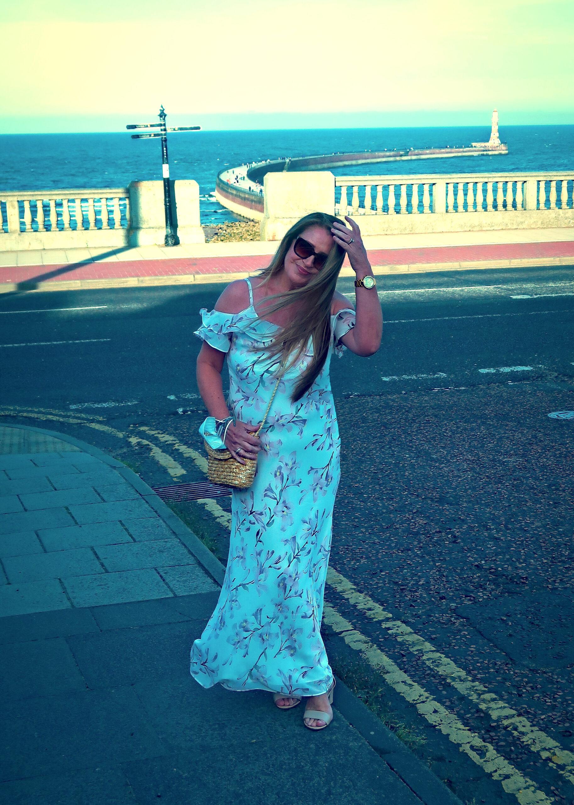 A Summer Dress When It's Hot, Hot, Hot !